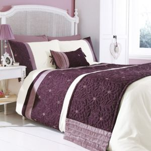 View Chartwell Amy Plum & White Floral Double Bed Cover Set details