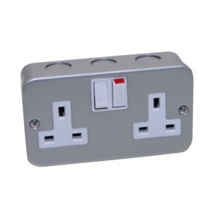 Image of Power Pro 13A Metal-Clad Switched Double Socket