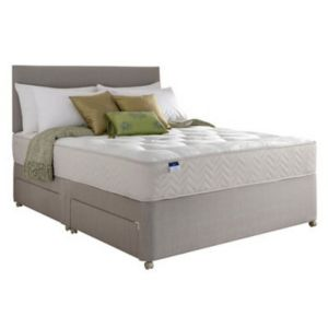 View Silentnight Miracoil Tufted Ortho Kingsize Mattress & Divan Set details