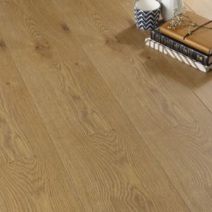 View B&Q Value Beech Effect Laminate Flooring details