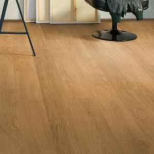 View Quick-Step Andante Oak Effect Laminate Flooring 1.72 m² details