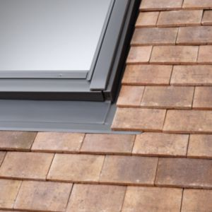View Velux Single Tile Flashing (H)980mm (W)1340mm details