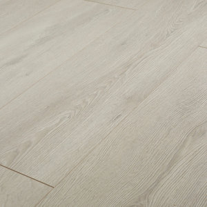 GoodHome Newlyn Grey Oak effect Laminate flooring  1.68m² Pack