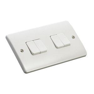 Image of MK 10A 2 way White Quadruple Light Switch