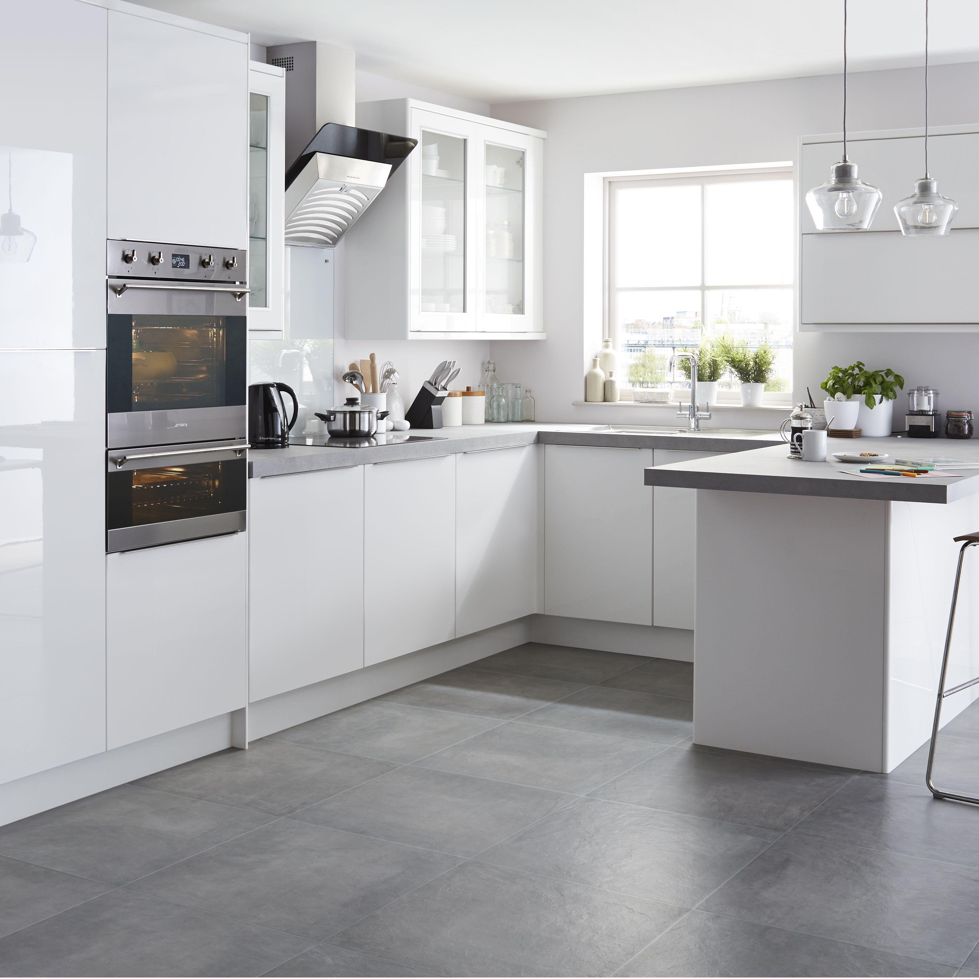 It santini white gloss slab kitchen