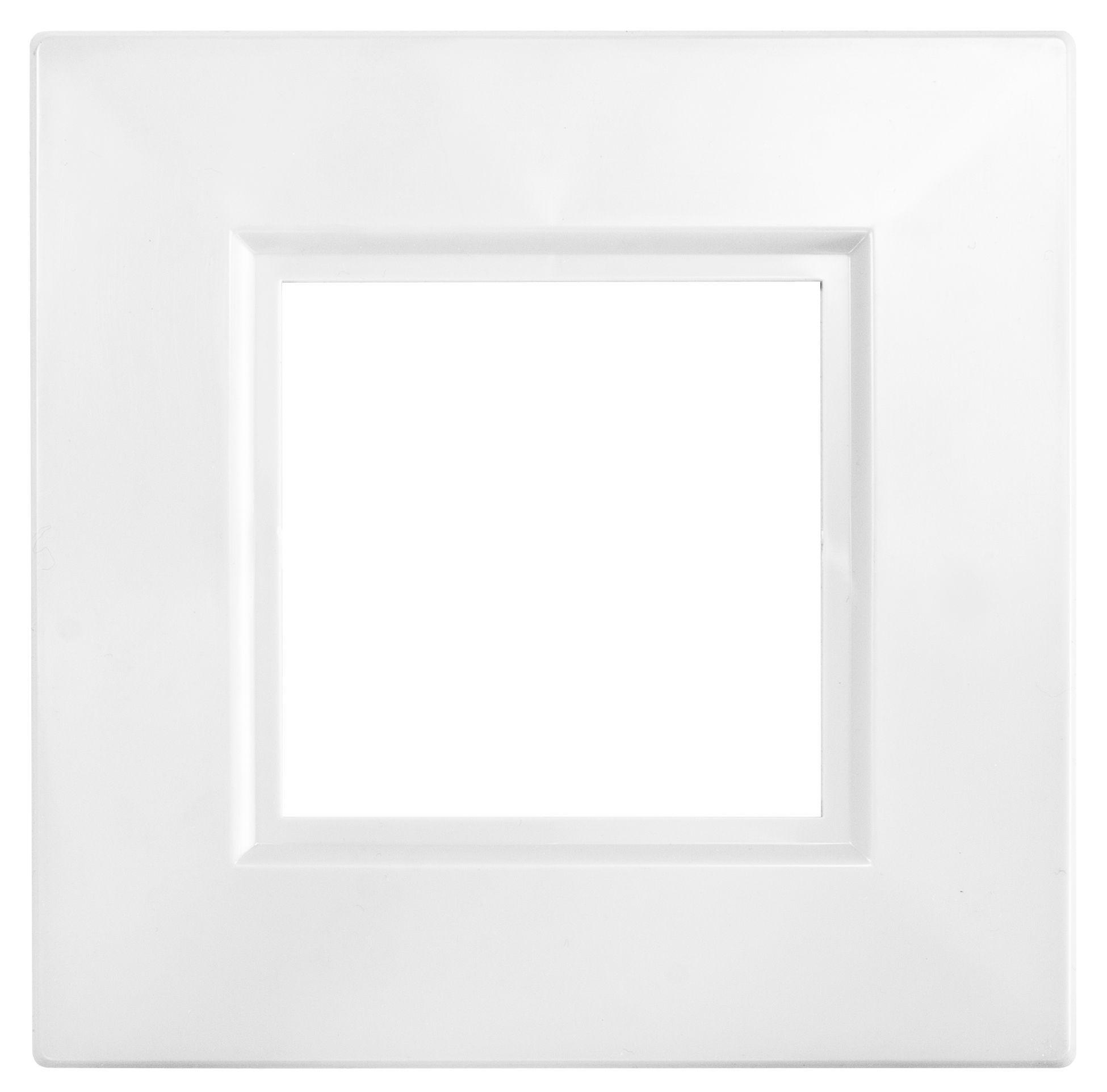 Bq Single White Finger Plate Departments Diy At Bq