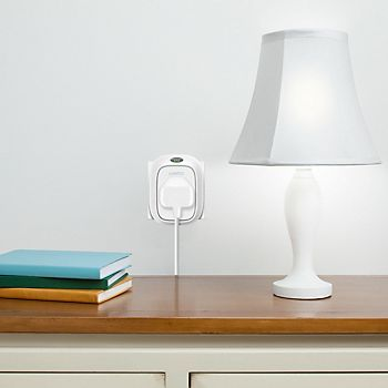 WeMo Insight Switch Plug Socket plugged into lamp