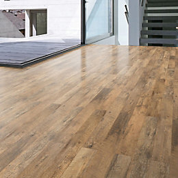 Guarcino Reclaimed Oak Effect Laminate Flooring 1.64 m²
