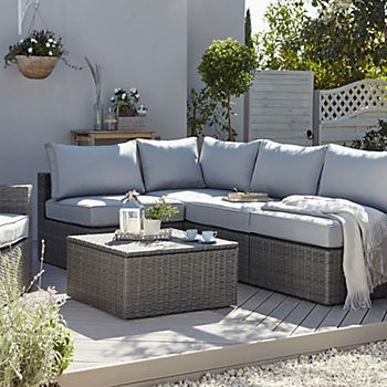 Sulana rattan sofa set