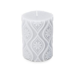 Carved Olive leaf & verbena Pillar candle