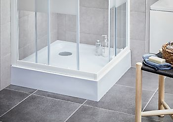 Plumbsure square shower enclosure with bi-fold door