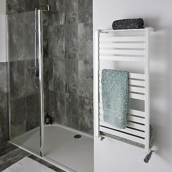 Blyss 1500W White Kita Electrical towel warmer with blower
