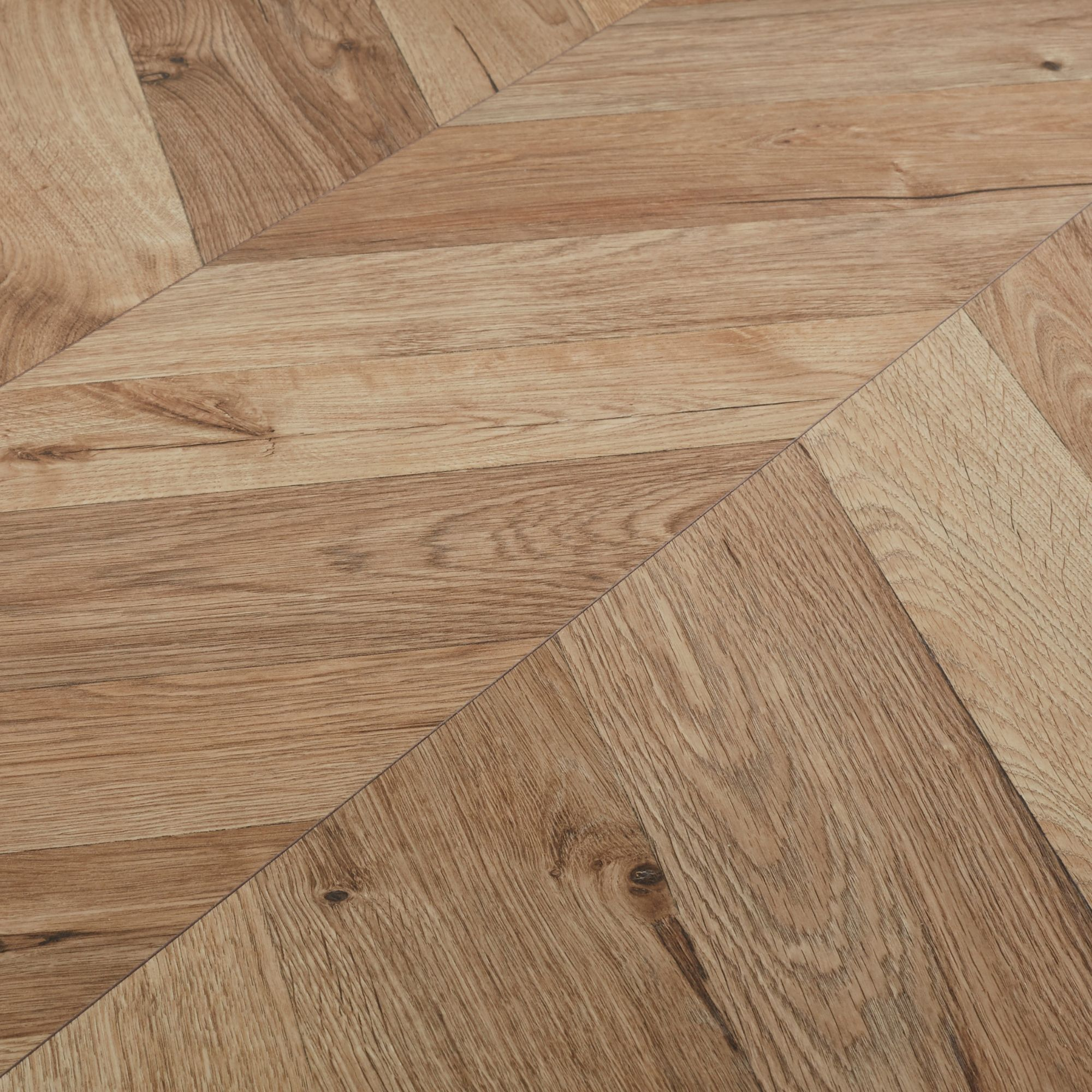 GoodHome Heanor Natural Oak effect Laminate flooring, 2.7m² Pack ...