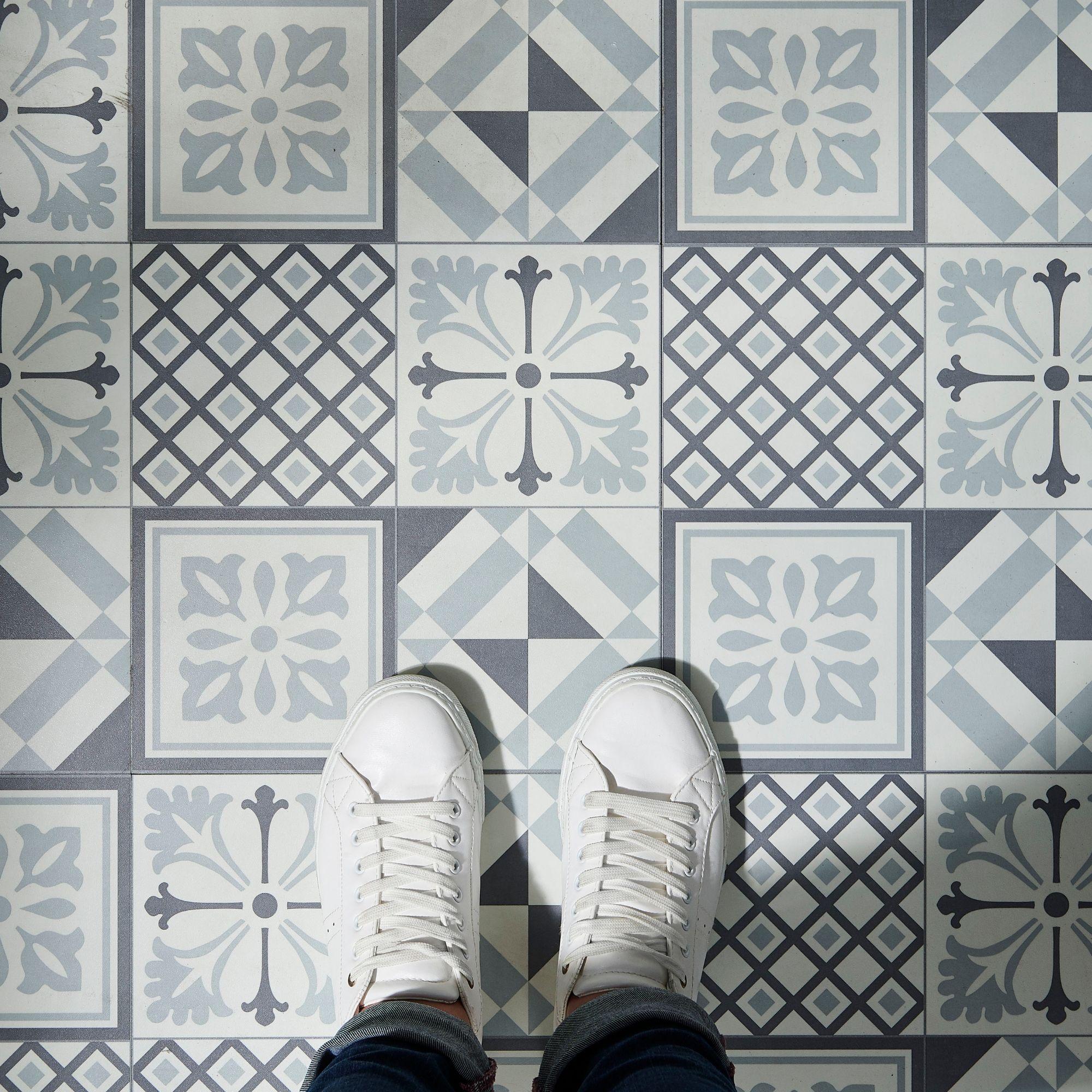 White Mosaic Effect Self Adhesive Vinyl