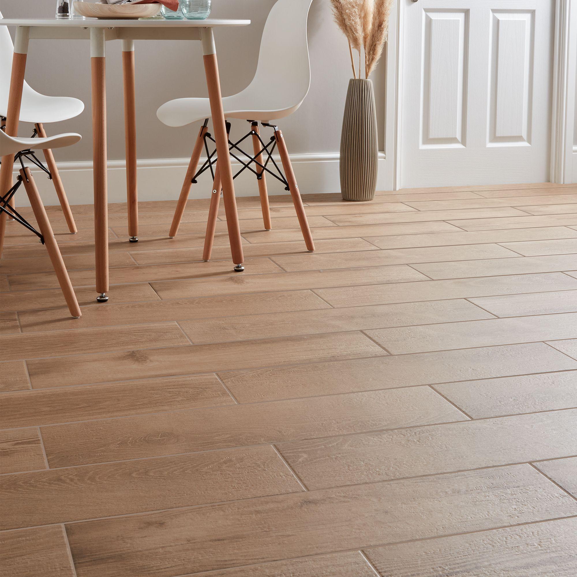 Matt Wood Effect Porcelain Floor Tile
