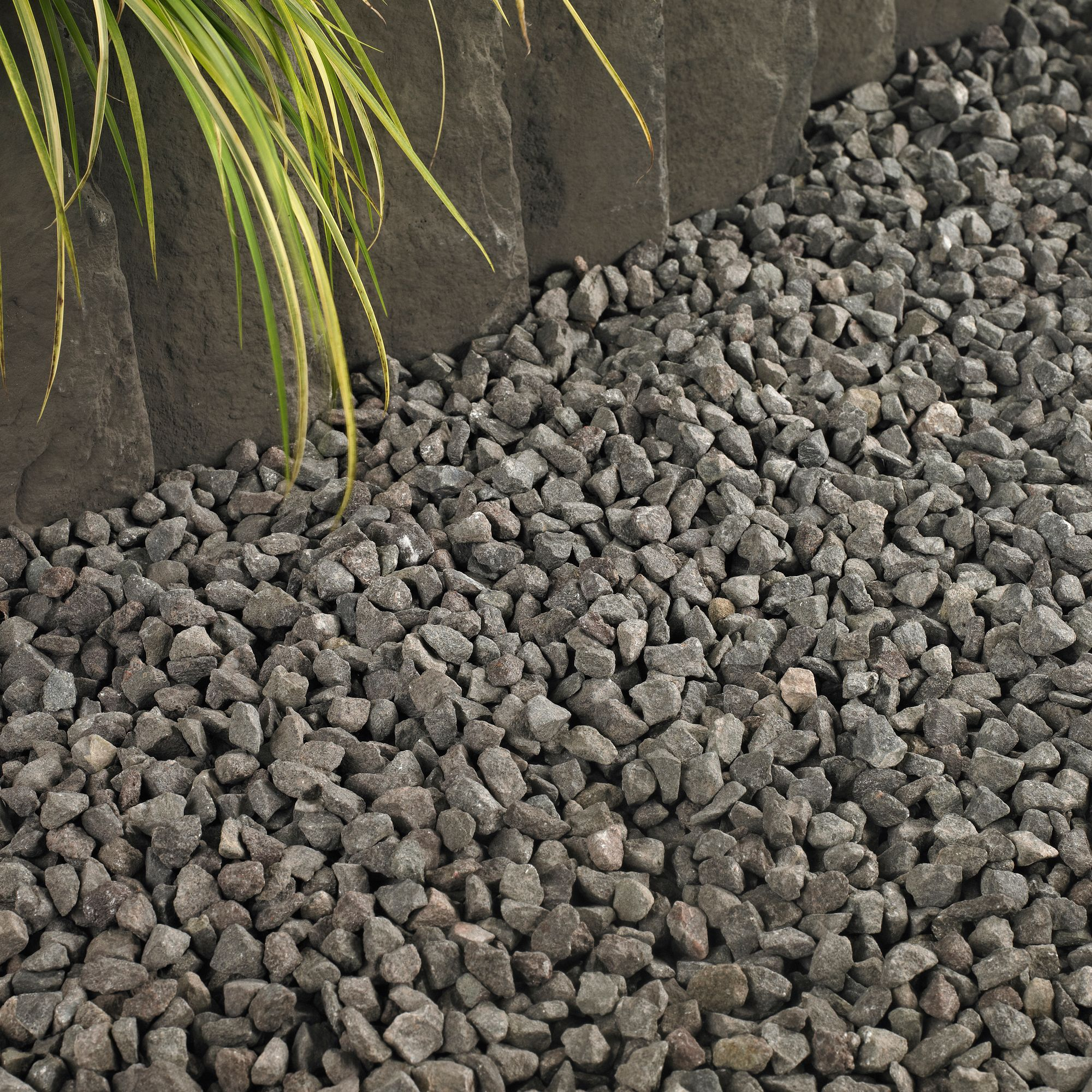 Grey Decorative stone chippings 790000g