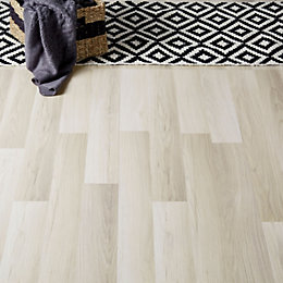 Townsville Grey Oak effect Laminate flooring sample