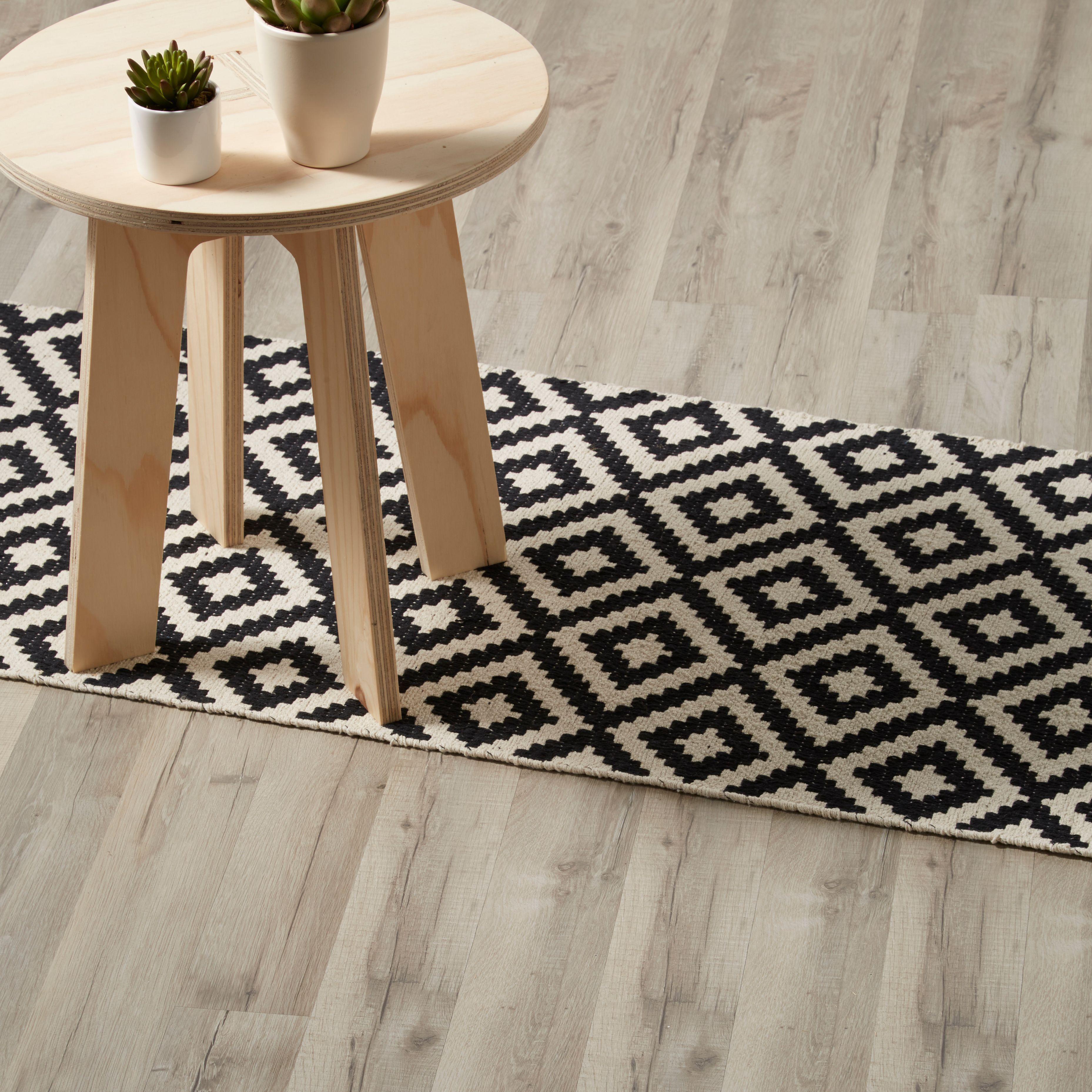 Ballapur Grey Oak effect Laminate flooring sample 1.996