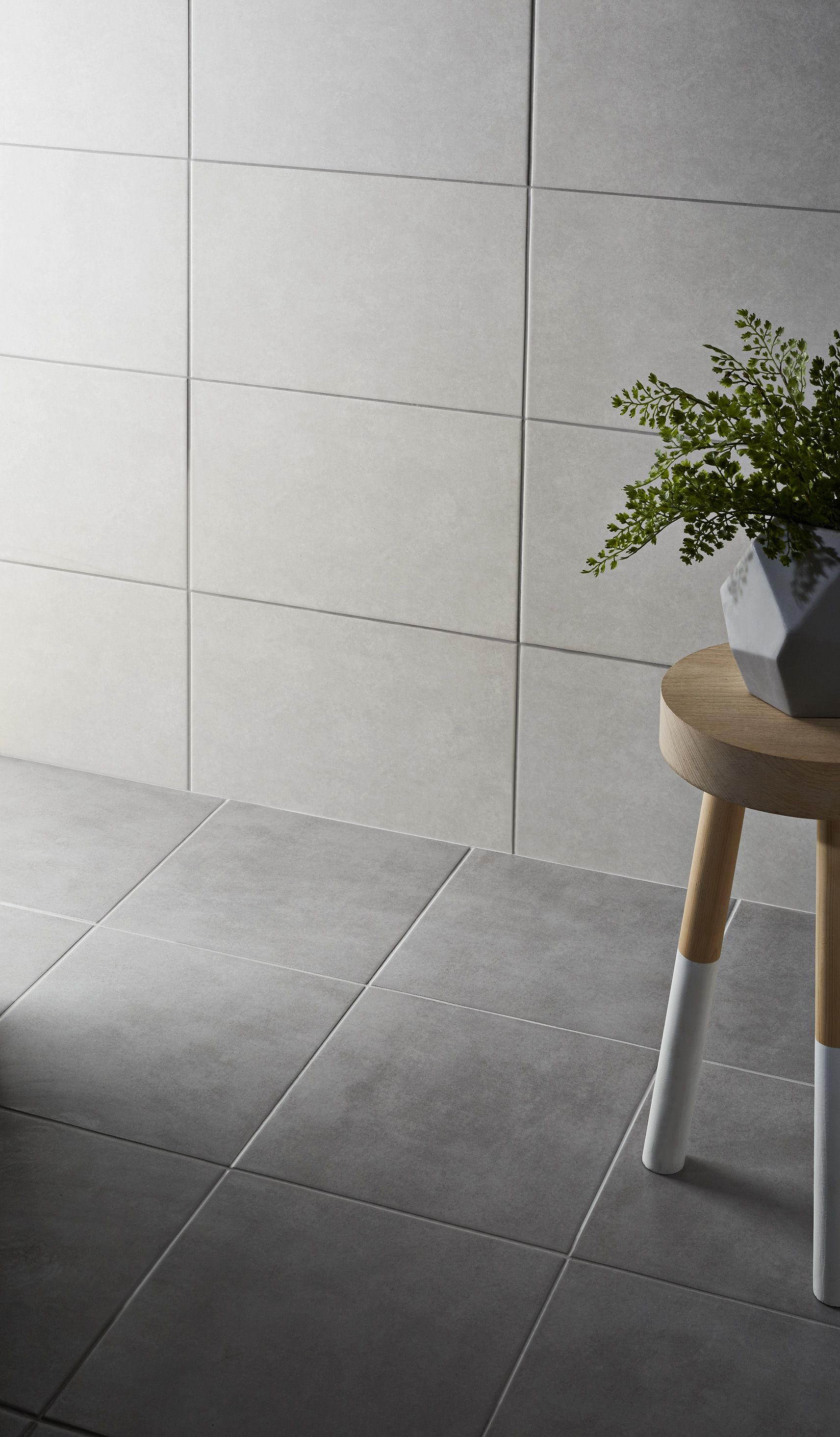 Cimenti Grey Matt Concrete Effect Porcelain Floor Tile Pack Of 20 L 307mm W 307mm Departments Diy At B Q