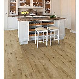 Irvine Oak Effect Laminate Flooring 2.14 m² Pack