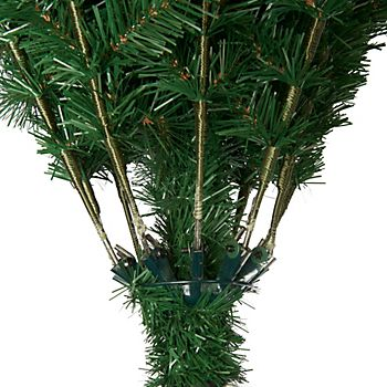 Hinged branches of artificial Christmas tree
