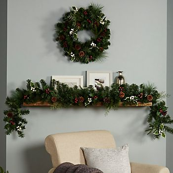 Amden Traditional Wreath and Garland