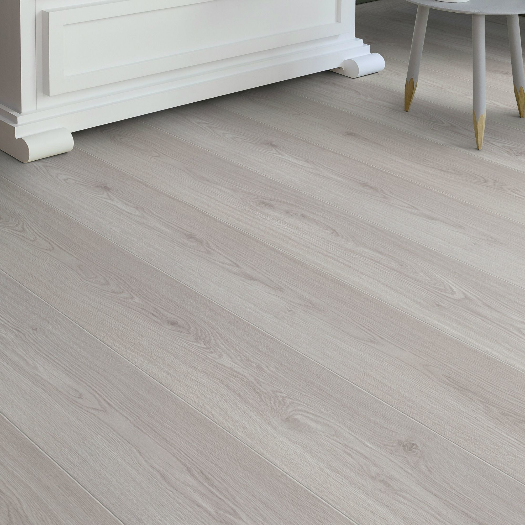 Cardross Grey Oak Effect Laminate Flooring 214 M Pack -