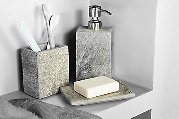 Accessories for your new basin