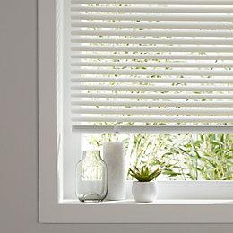White Venetian blind (W)120 cm (L)180 cm