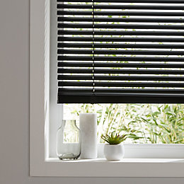 Colours Studio Black Venetian Blind (W)55 cm (L)180
