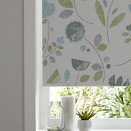 Colours Boreas Corded Green & White Roller Blind