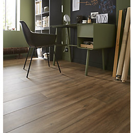 Devonport Natural Oak effect Laminate flooring 1.996 m²