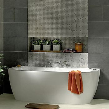 Helena oval curved bath