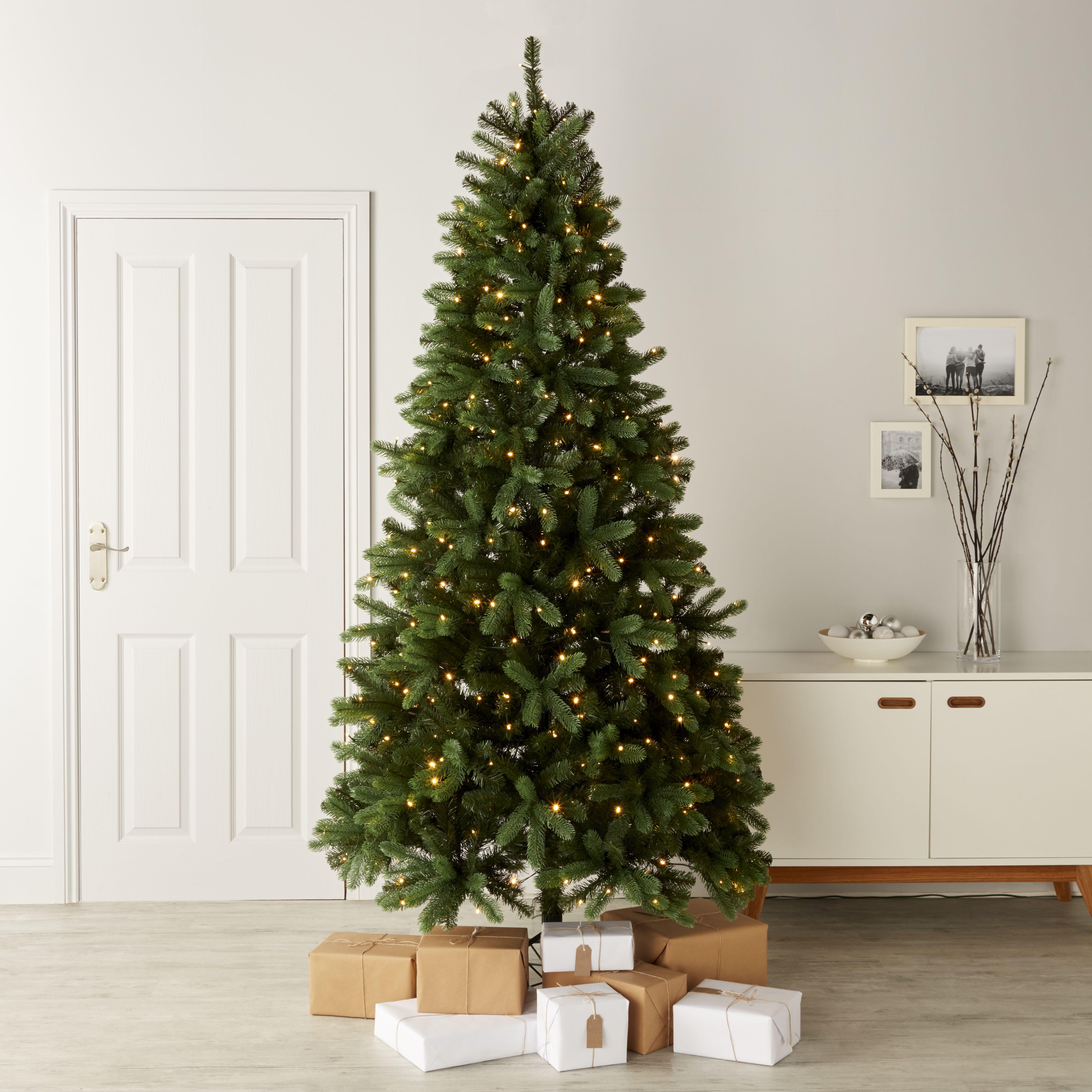 7 6ft Smart Natural Looking Artificial Christmas Tree Departments Diy At B Q