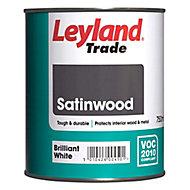 Leyland Trade Brilliant white Satinwood Wood & metal paint 0.75L