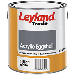 Leyland Trade Brilliant white Eggshell Emulsion paint 2.5L