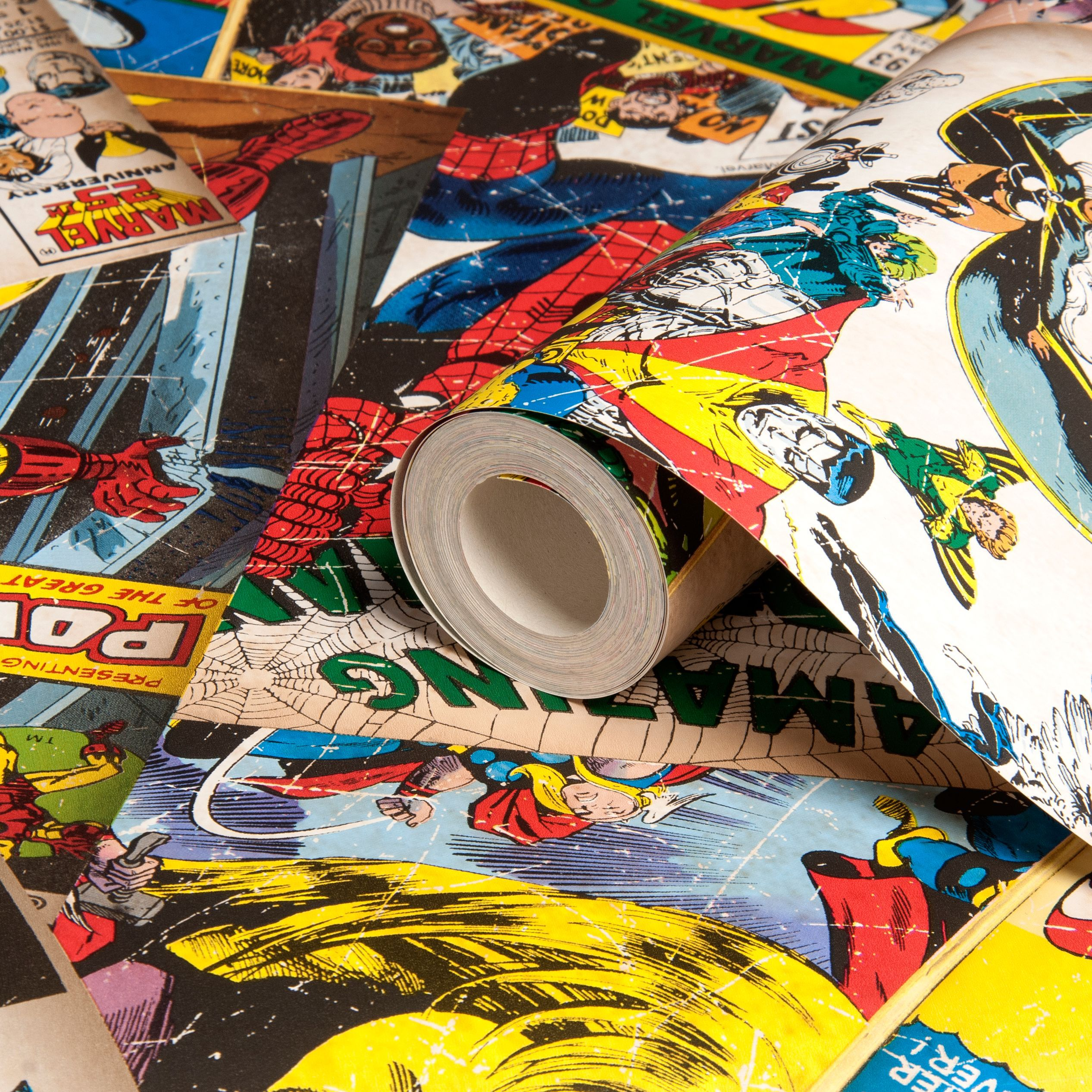Marvel Cover Story Wallpaper Departments Diy At B Amp Q