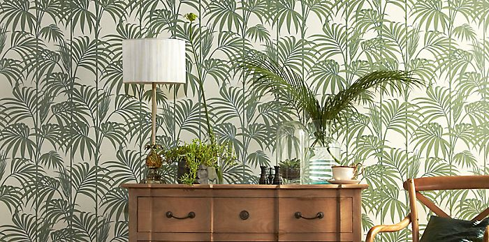 Graham and Brown Julien Macdonald Honolulu palm green wallpaper