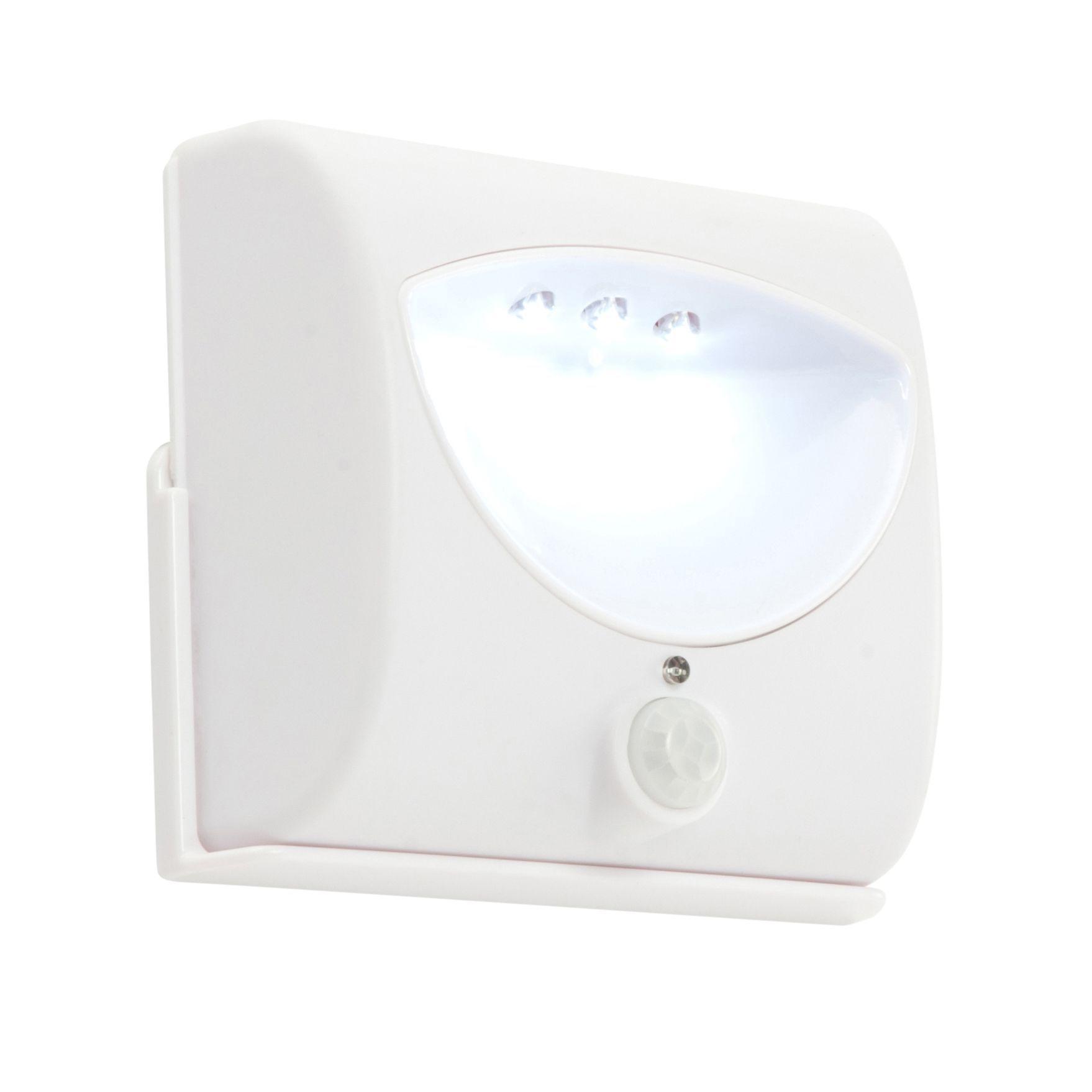 High Power Led Under Cabinet Lighting Diy: Masterlite Battery Powered LED Cabinet Light (L)80mm