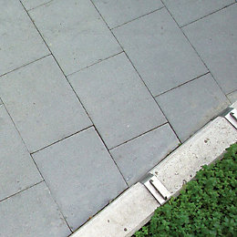 Grey British standard B50 Paving slab (L)600mm (W)600mm