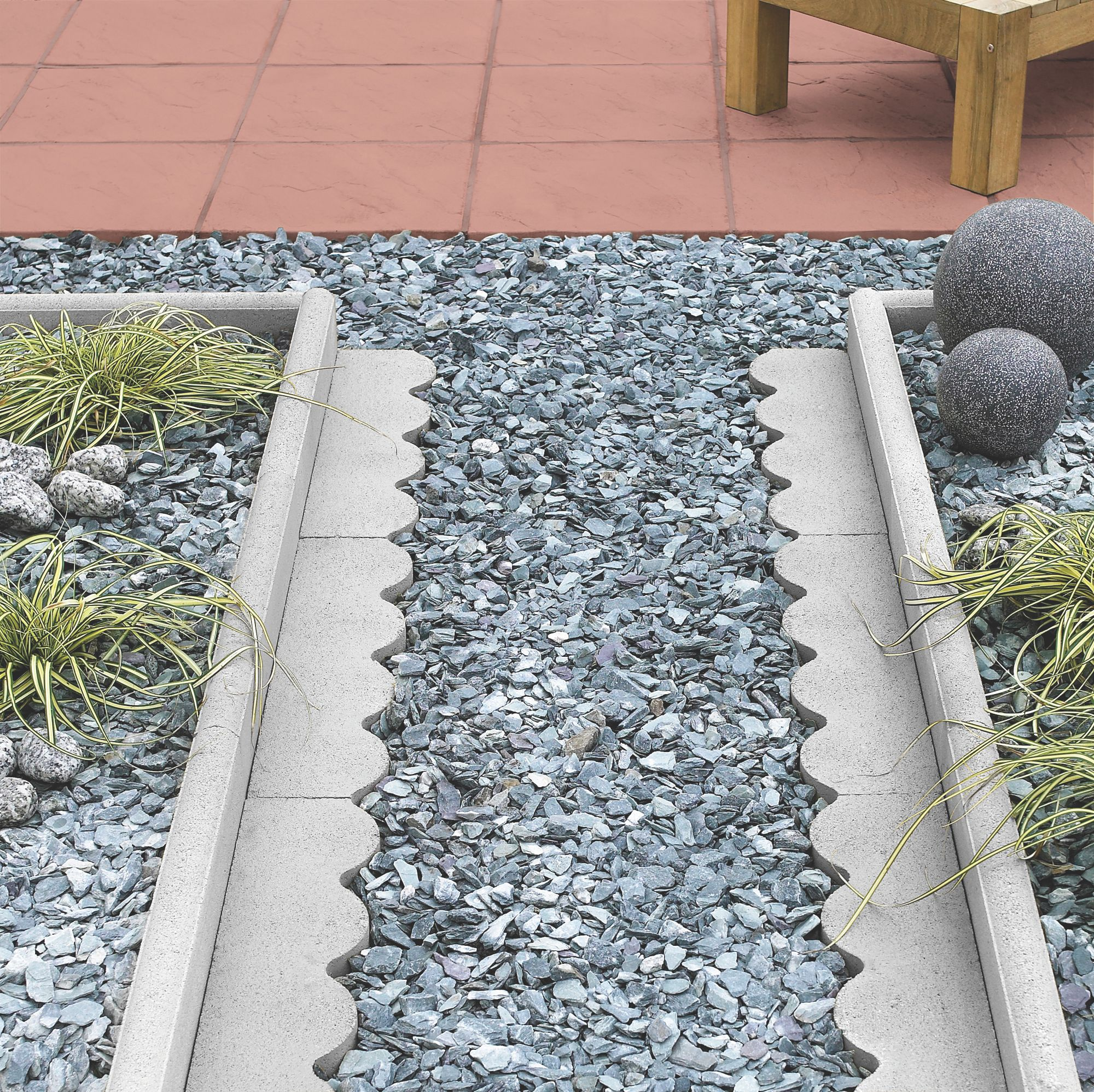 Round Top Paving Edging Grey, (L)600mm (H)150mm (T)50mm Pack of 48 ...