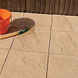 Buff Peak Riven Paving slab (L)450 (W)450mm Pack