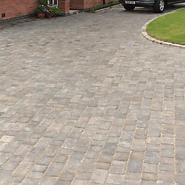 Graphite Woburn Rumbled Block Paving (L)200mm (W)134mm, Pack