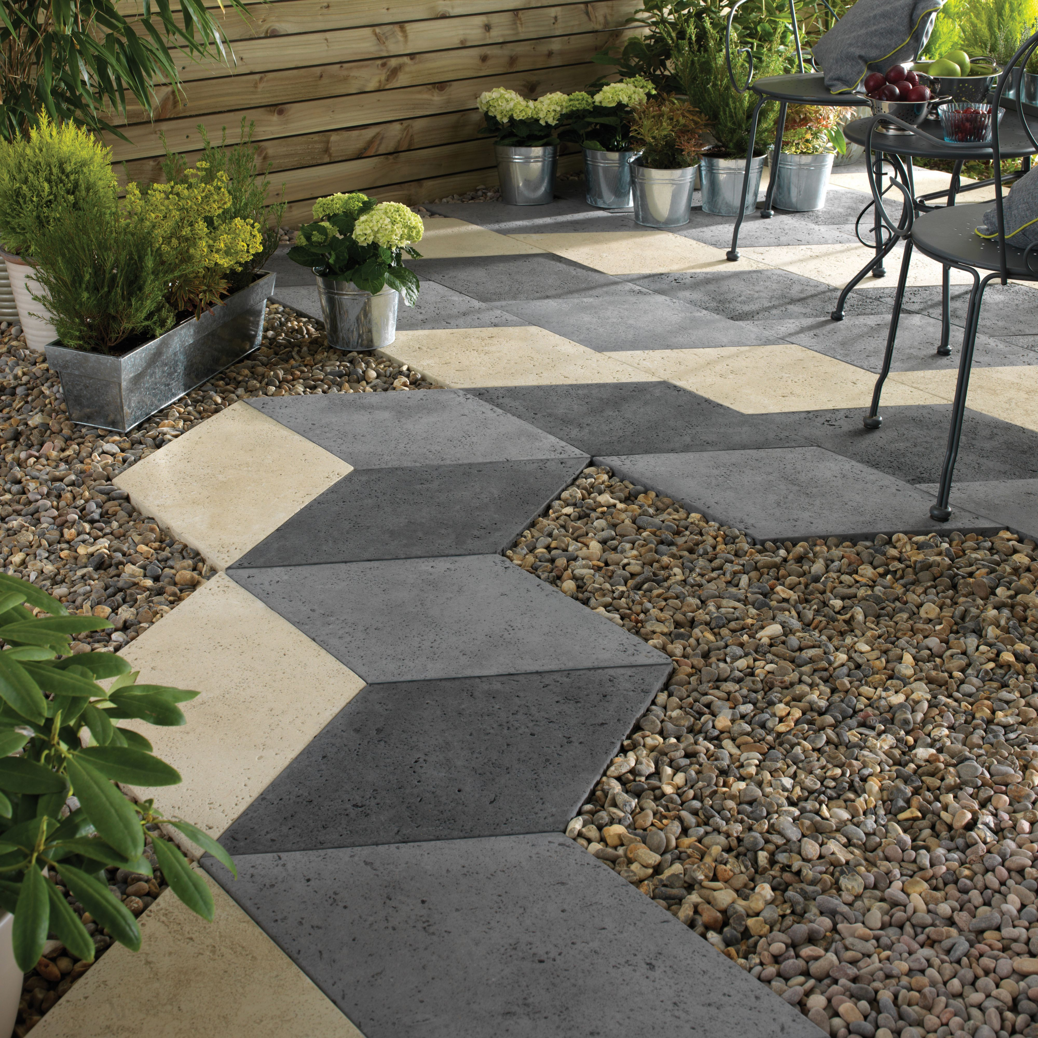 Ideas For Small Gardens Mixed Colour Diamond Offset Paving Slab L 440 W 440mm