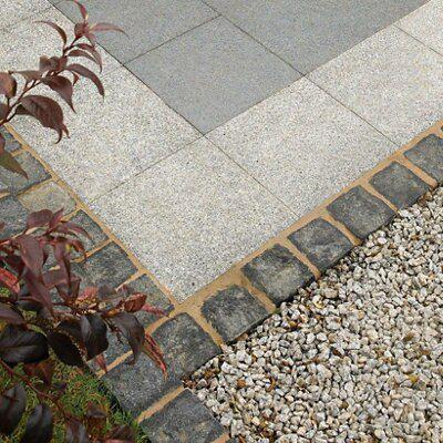 Black Natural Granite Paving Setts (L)100mm (W)100mm, Pack