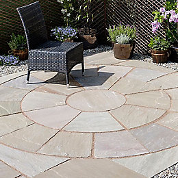 Autumn green Natural Sandstone Circle paving pack 2.46m