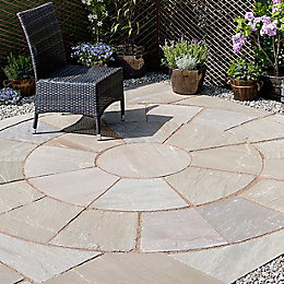 Autumn green Natural Sandstone Paving circle squaring off