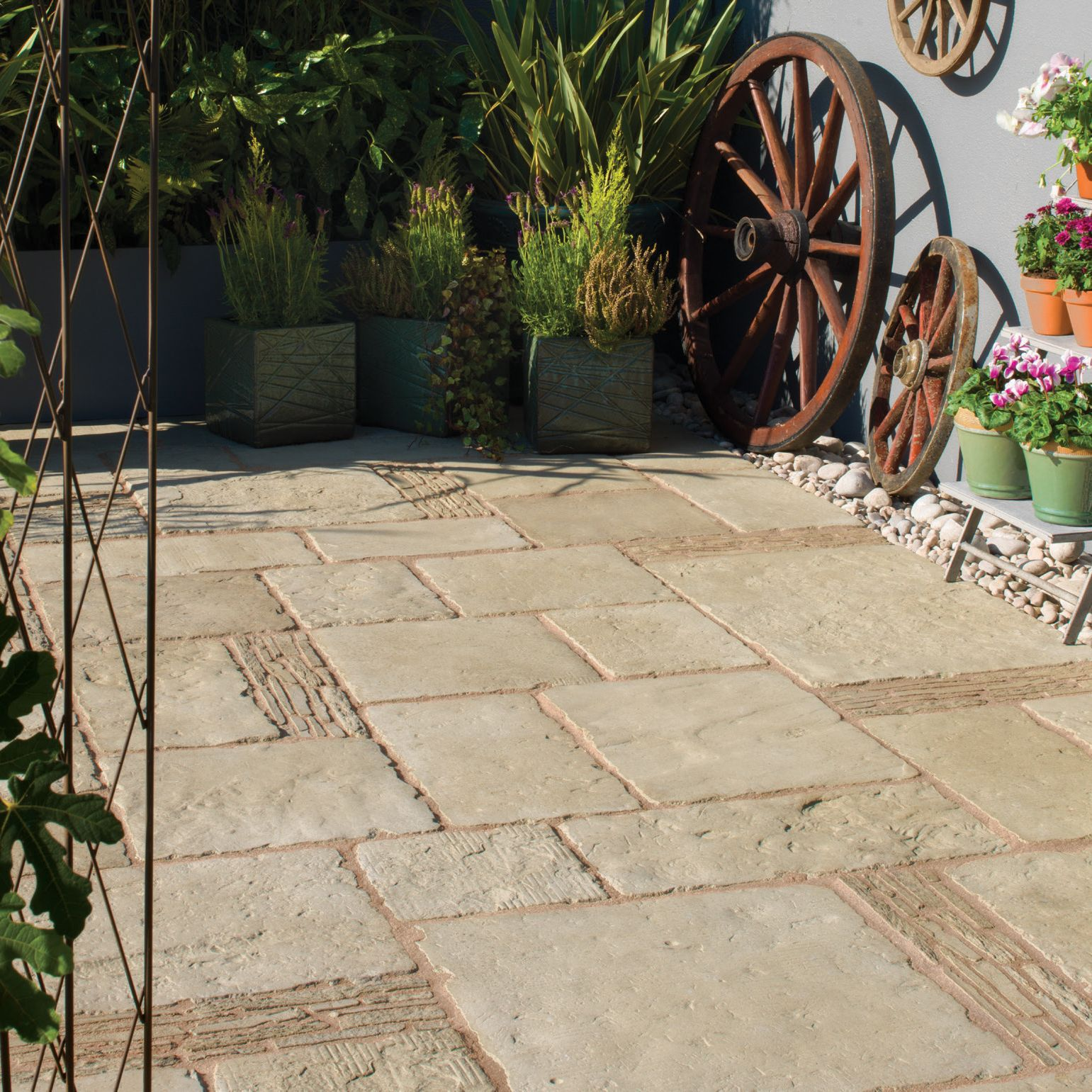 Grey green Old Town Mixed size paving pack