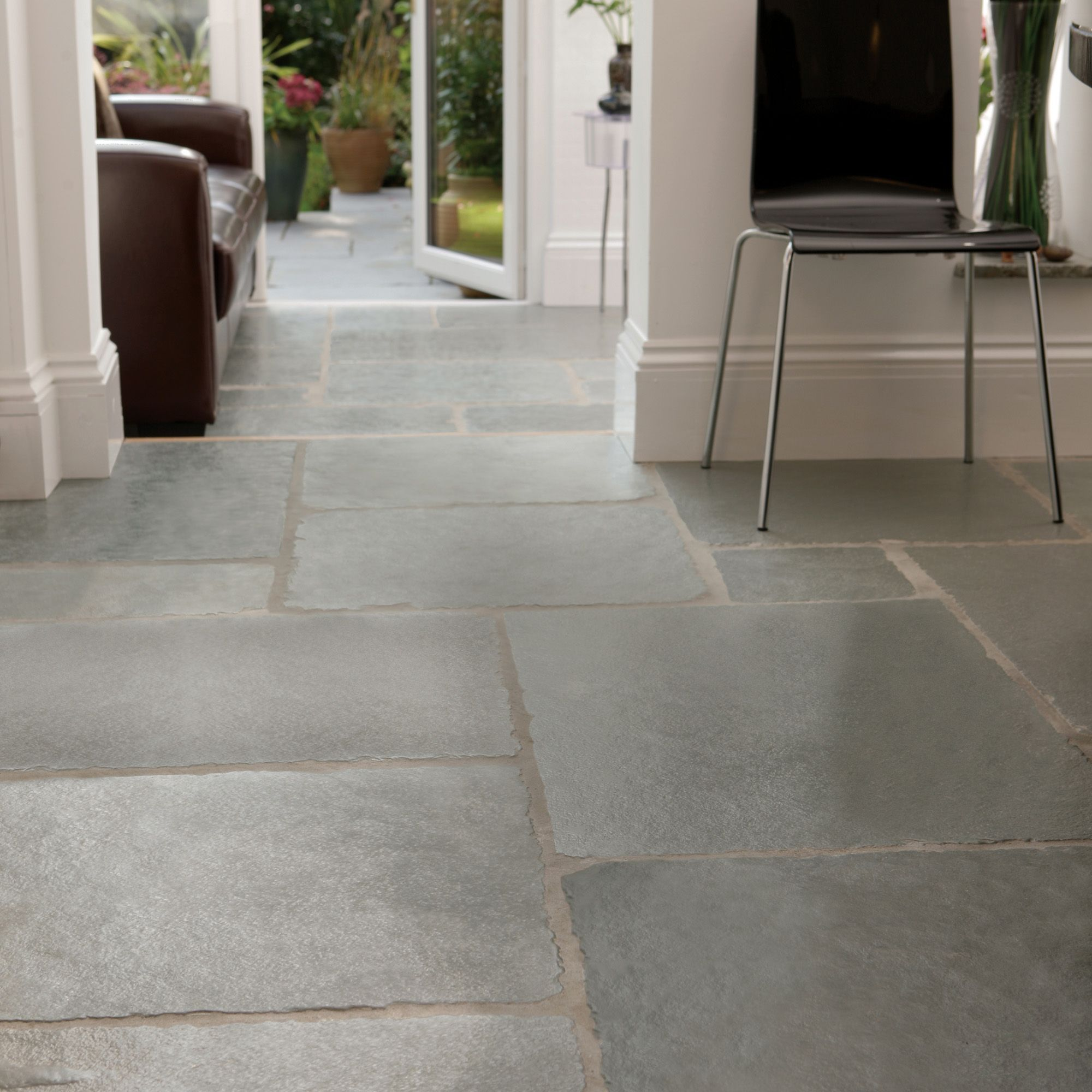 Azure Natural Limestone Mixed size paving pack (L)4570mm