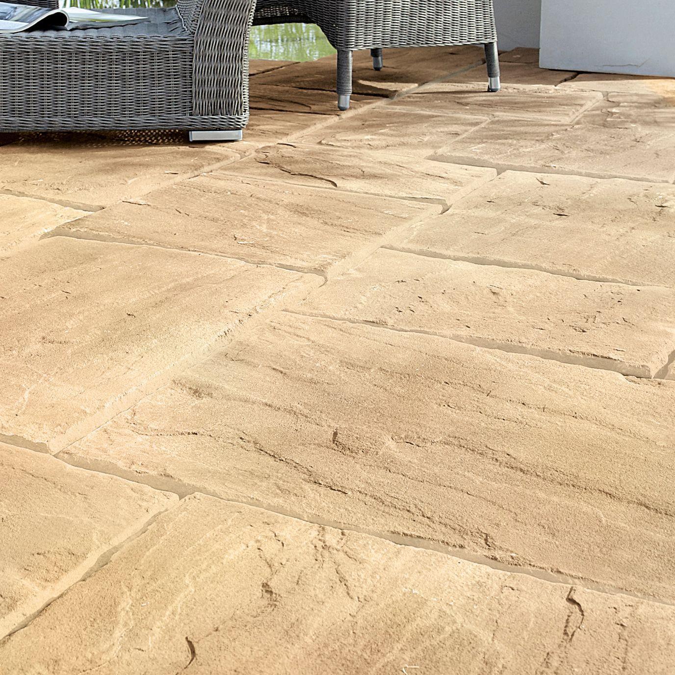 Autumn Wetherdale Single paving slab (L)450mm (W)450mm